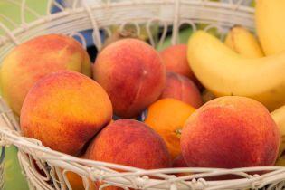 На рынке появились украинские персики: стоимость выше, чем в прошлом году