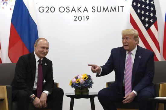 """Трамп заявив, що не обговорював із Путіним питання """"українських кораблів"""""""