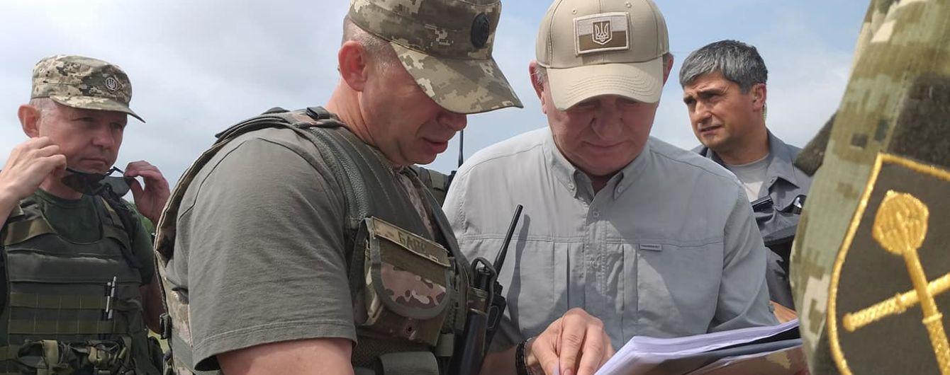 Российские боевики, предварительно, отвели войска от Станицы Луганской - Кучма