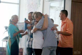 Подозрение в шпионаже и криминал. Освобожденными из российского плена украинцами займутся правоохранители