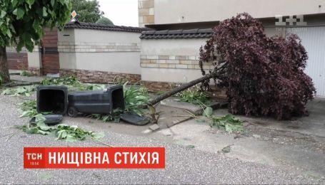 Дожди с грозами и градом сменили жару на западе Венгрии