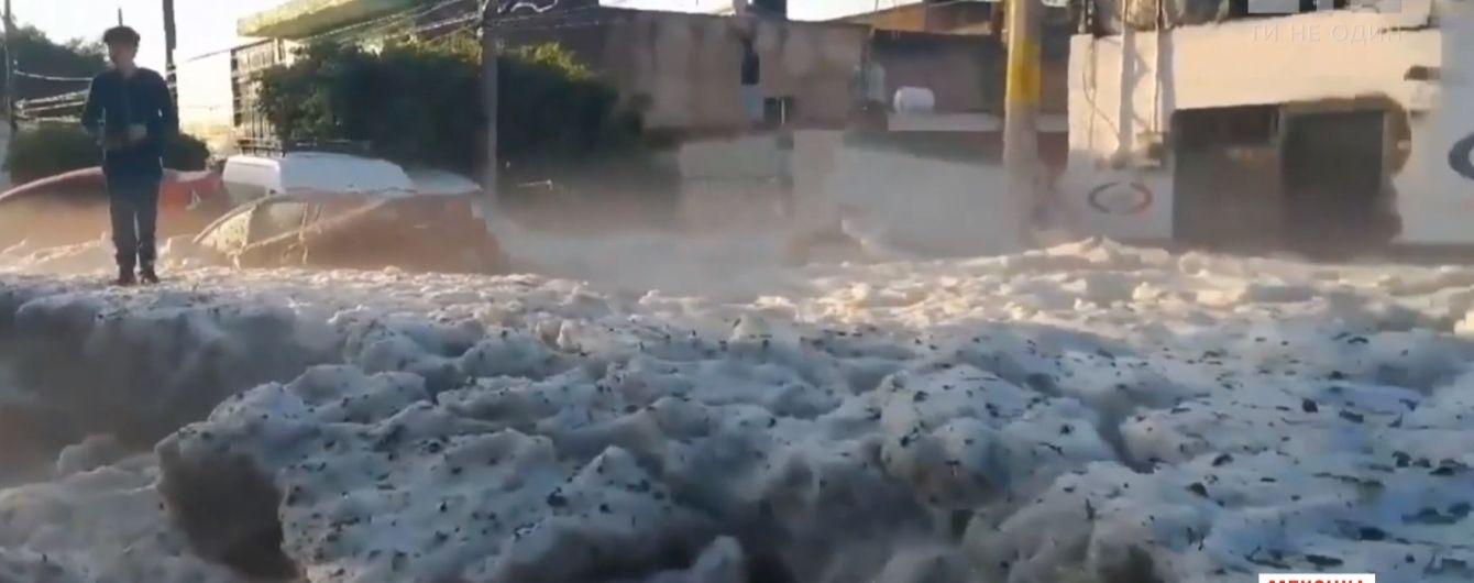 В Мексике внезапно выпал град