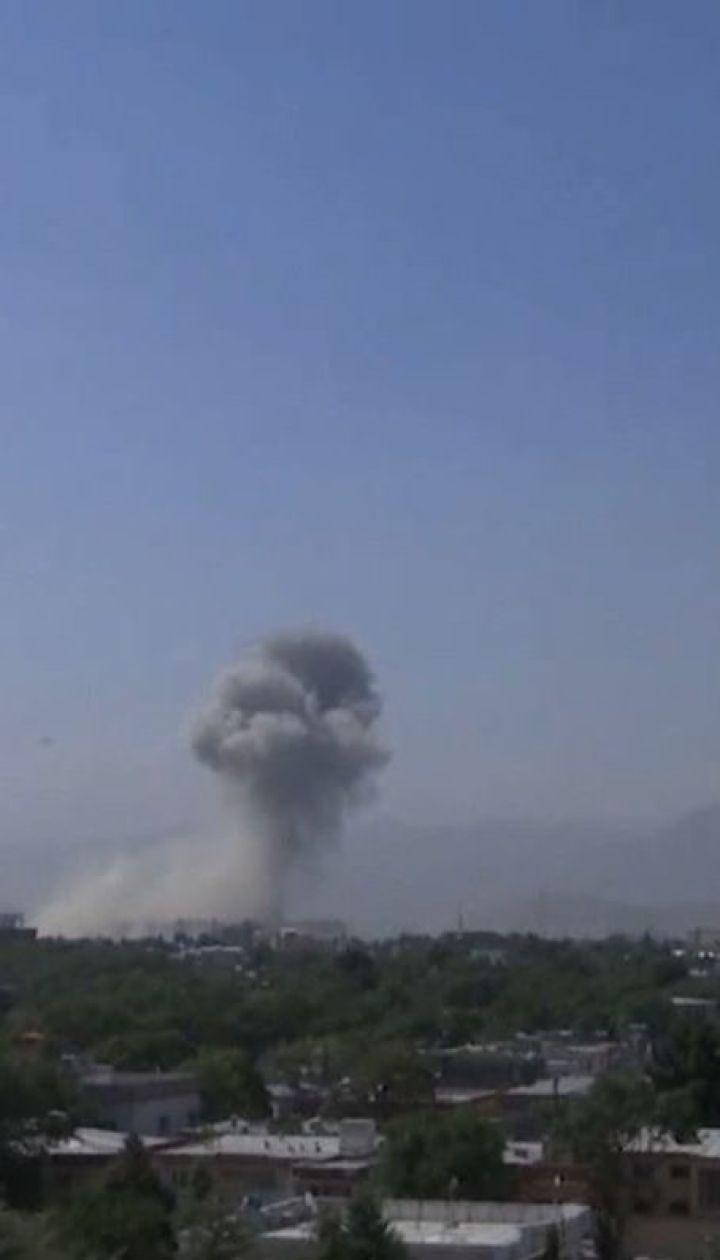 Неизвестные заложили взрывчатку на многолюдной улице Кабула