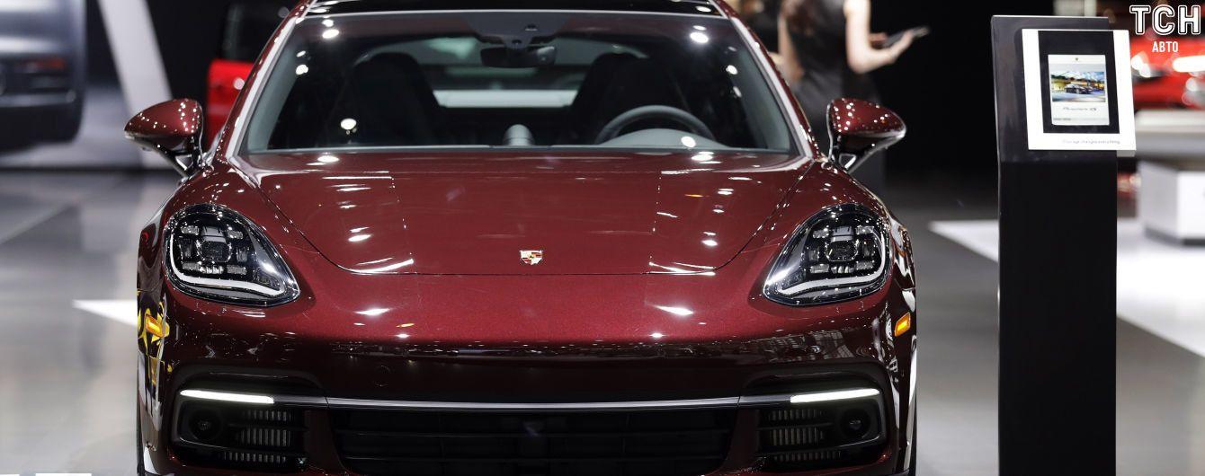 В России отзывают огромную партию Porsche Panamera из-за огнеопасного дефекта