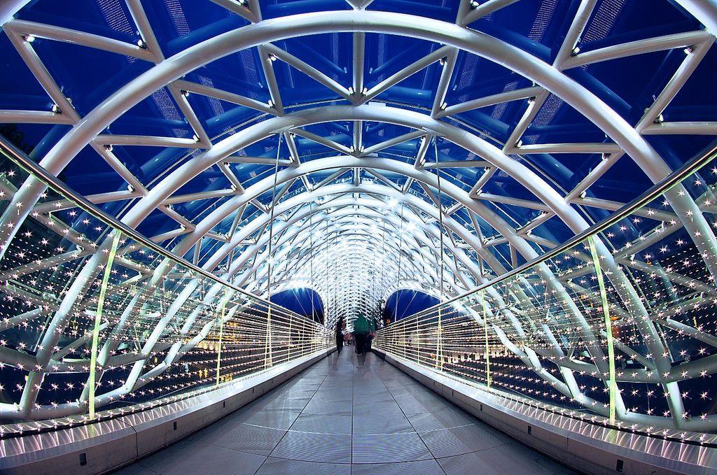 Грузия Тбилиси Мост мира