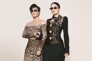 """Кайлі Дженнер у """"леопарді"""" разом з мамою та дочкою знялась у стильній фотосесії"""