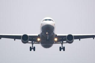 На борту американского самолета загорелся мобильный аккумулятор