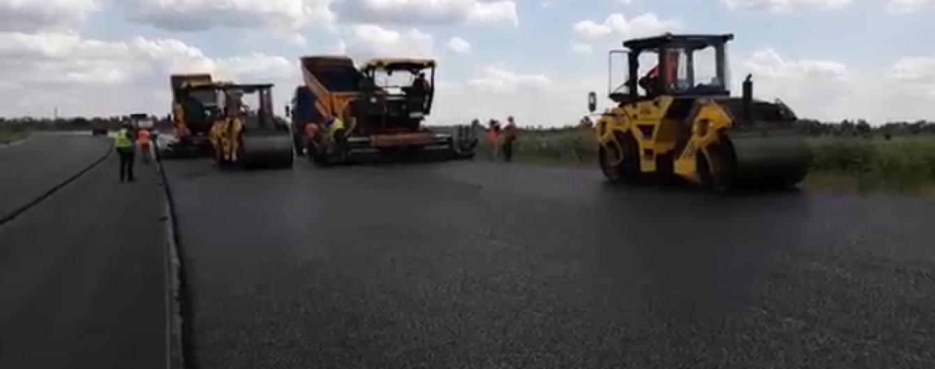 Масштабное строительство трассы Днепр–Решетиловка показали на видео
