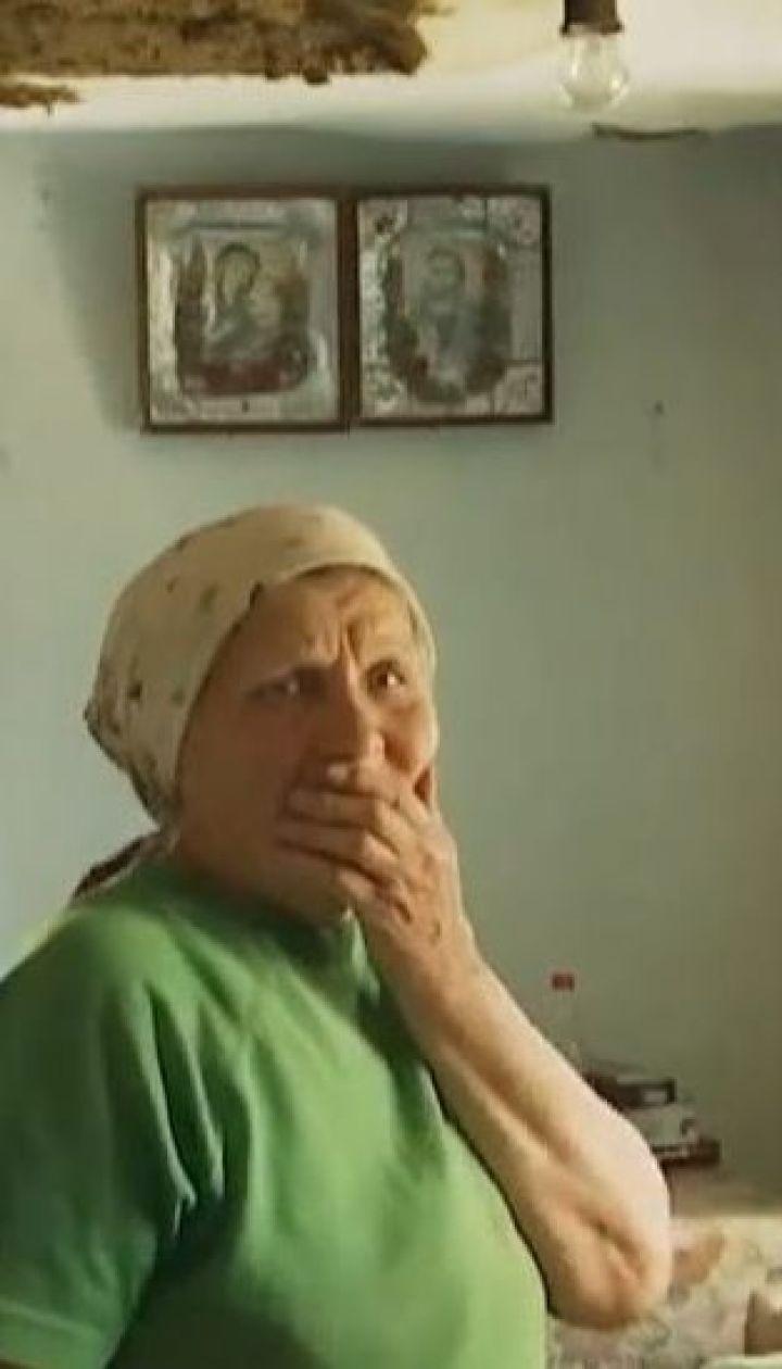 Жители села Ковалевка до сих пор ликвидируют последствия урагана с градом
