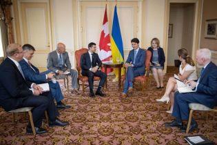 Канада будет поставлять Украине бронетехнику - Зеленский
