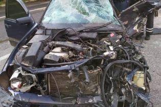 На Харьковщине Mercedes лоб в лоб столкнулся с грузовиком: два человека погибли, пострадал ребенок