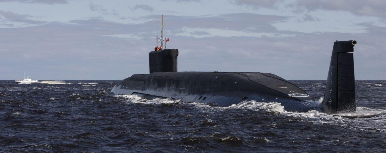 Смерть моряков на российский субмарине. Кремль умалчивает все детали – Шойгу говорит только об уцелевших