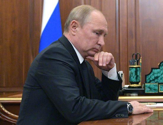 """Ситуація в Україні """"вселяє обережний оптимізм"""" - Путін"""