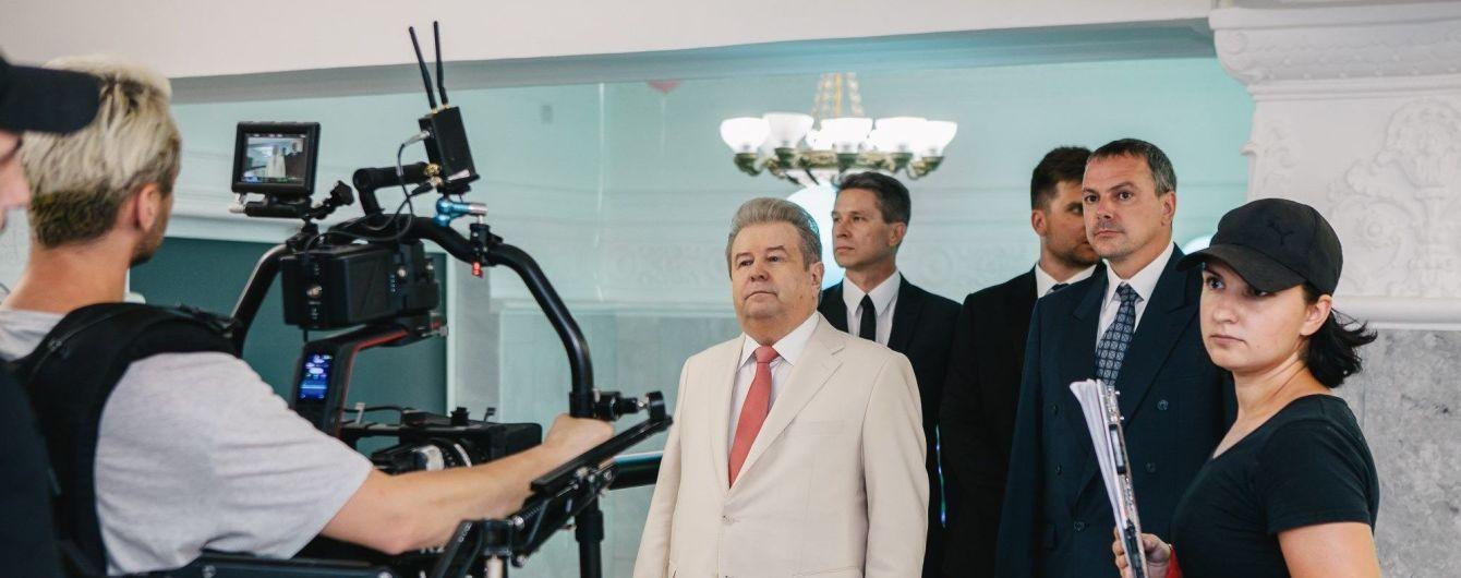 """Михаил Поплавский получил роль в комедии """"Великі Вуйки"""""""