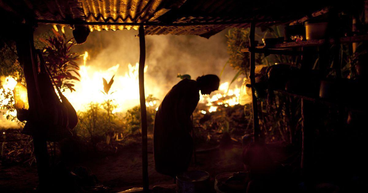 """Как умирают """"легкие планеты"""". Бразильский президент-популист уничтожает леса Амазонии – и никто его не останавливает"""