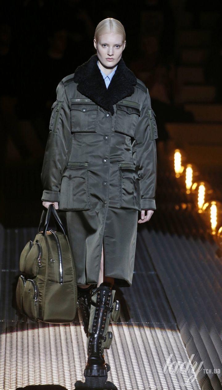 Коллекция Prada прет-а-порте сезона осень-зима 2019-20120