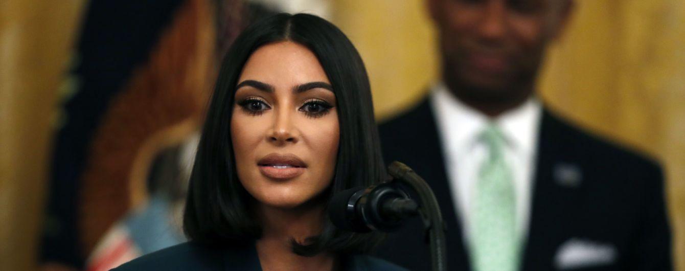 Ким Кардашян отсудила миллионы долларов за использование ее имени и фотографий