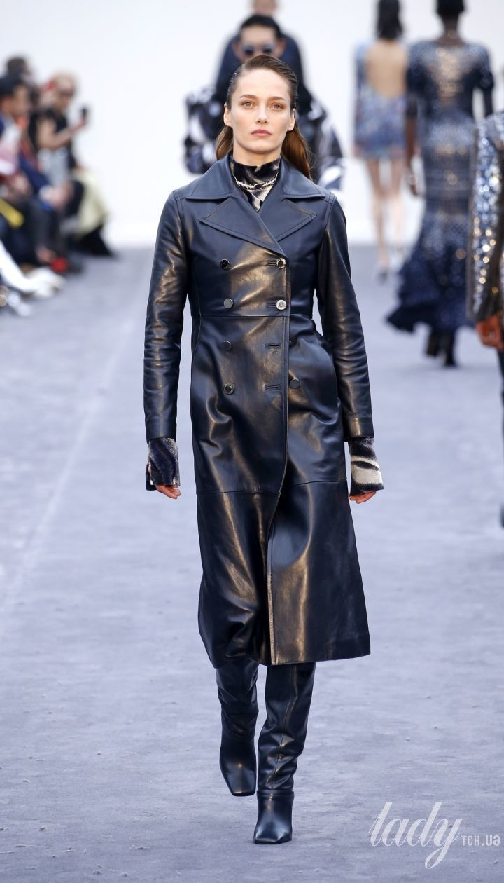 Колекція Roberto Cavalli прет-а-порте сезону осінь-зима 2019-2020 @ East News