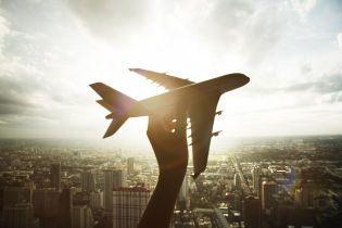 На Гавайях пассажирский самолет экстренно сел из-за задымления на борту, есть пострадавшие