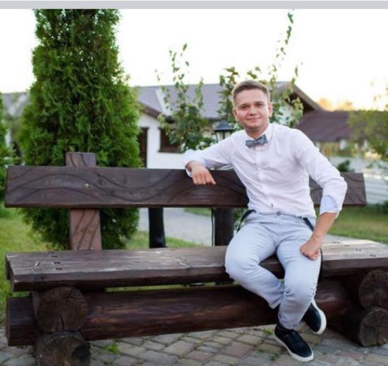Лише операція з трансплантації кісткового мозку може зберегти життя Роману