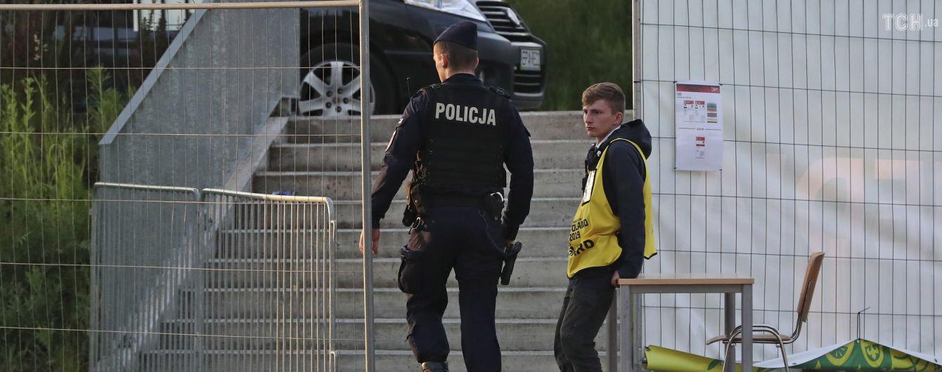 В Польше задержали группу россиян, которые хотели устроить перестрелку у торгового центра