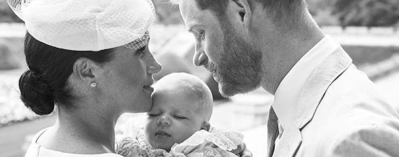 У Мережі з'явилися перші фото з хрестин сина Меган та Гаррі