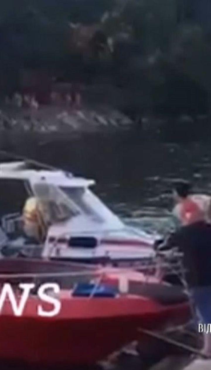 В Краснодарском крае задержали владельца и капитана катера, который перевернулся в Черном море