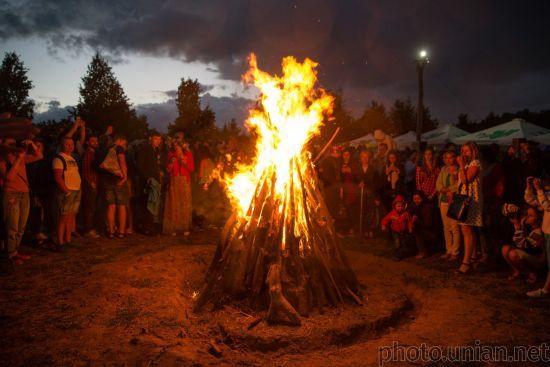 Наймагічніша ніч року: українці відзначають свято Івана Купала