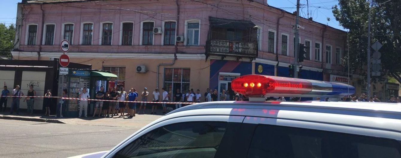 В Одессе захватили в заложники сотрудниц финучреждения