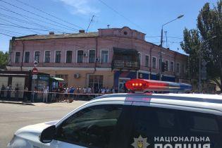Оглушило и ранило стеклом. Стало известно состояние женщин, которых захватили в заложники в Одессе