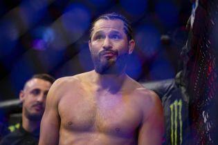Американский боец одержал самую быструю победу в истории UFC, ему хватило 5 секунд