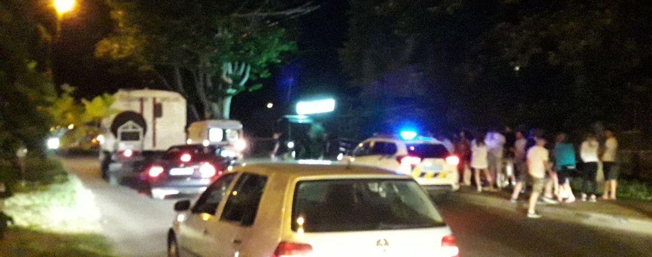 В Одессе BMW убегал от полиции и вылетел на пешеходов