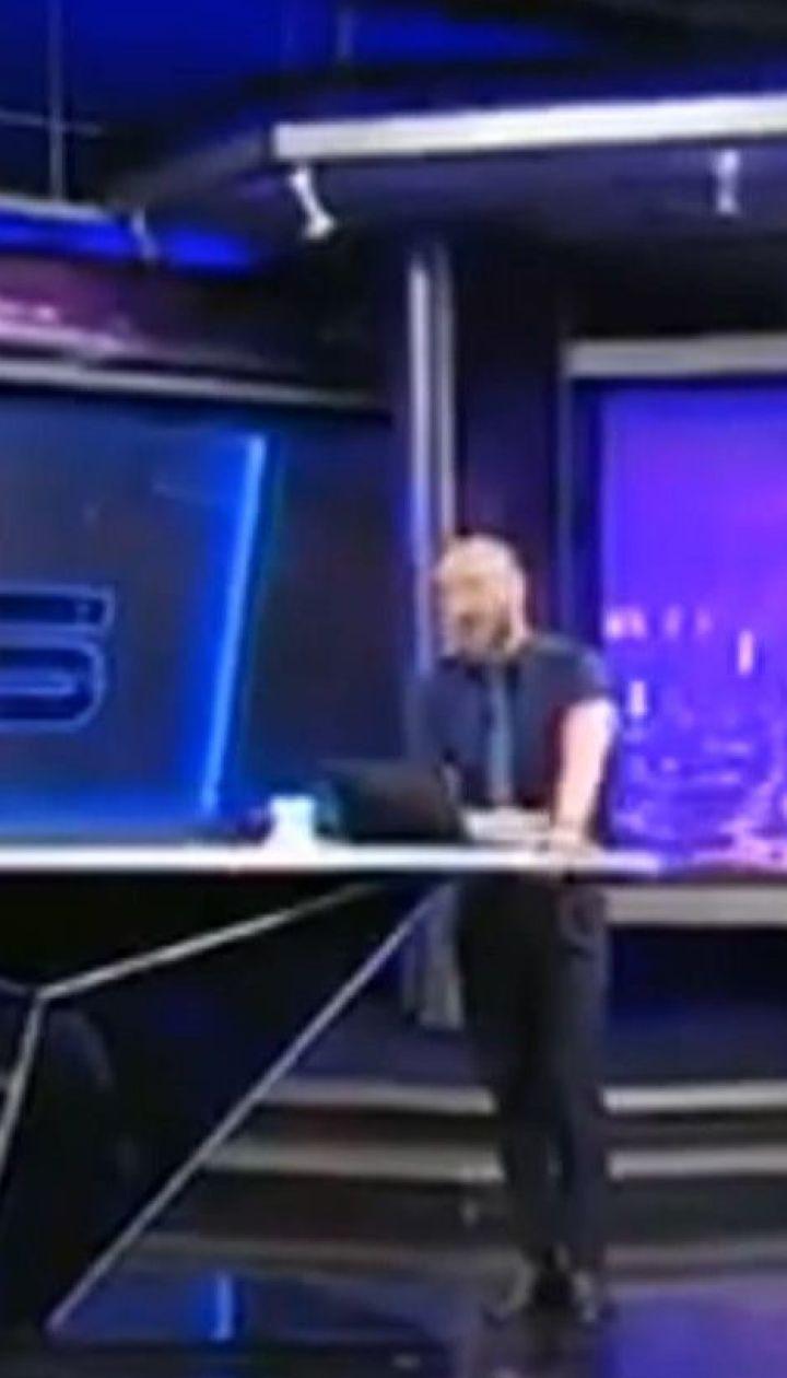 """Ведучий грузинського телеканалу """"Руставі-2"""" вилаяв Путіна у прямому ефірі"""