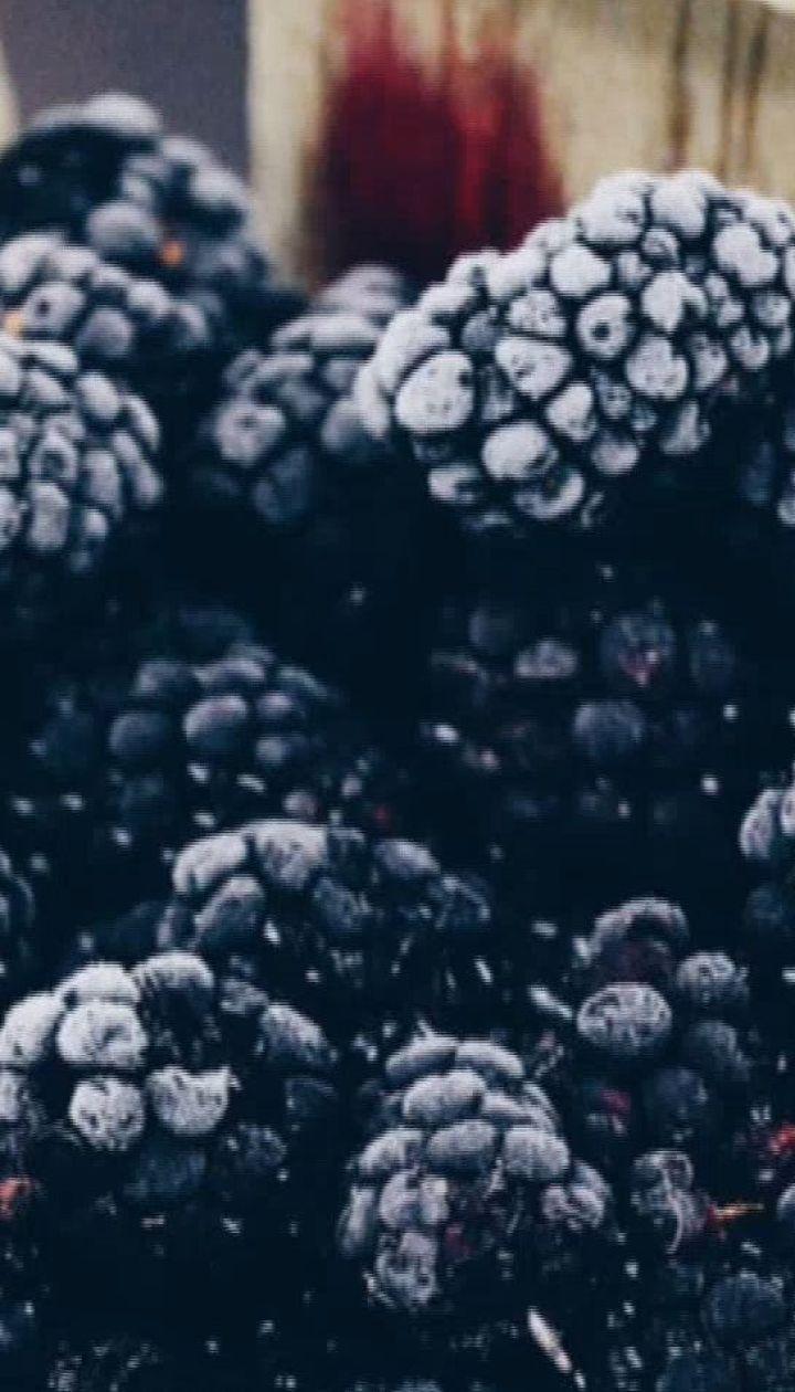 """Какие ягоды самые полезные - ТОП-5 от """"Сніданка"""""""