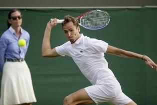 Российский теннисист устроил истерику на Wimbledon и получил штраф