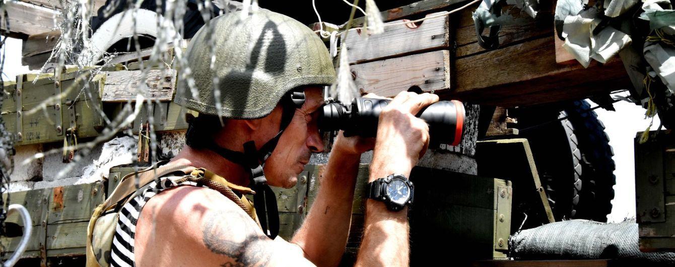"""""""Такое у нас перемирие"""". На Донбассе не утихают обстрелы боевиков: один военный погиб"""