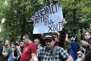"""Телебомба не взорвалась: скандал вокруг NewsOne и """"Россия 24"""" всколыхнул украинское общество"""