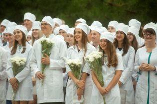 В Минздраве рассказали, сколько ежегодно студентов-медиков не могут сдать лицензионный экзамен