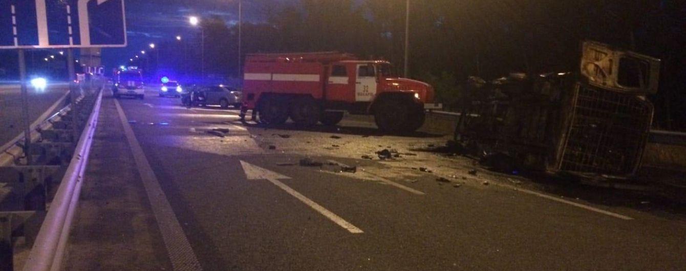 В аварии на Киевщине сгорели двое военных