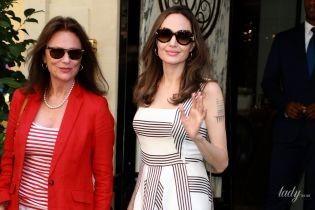 Паради против Джоли