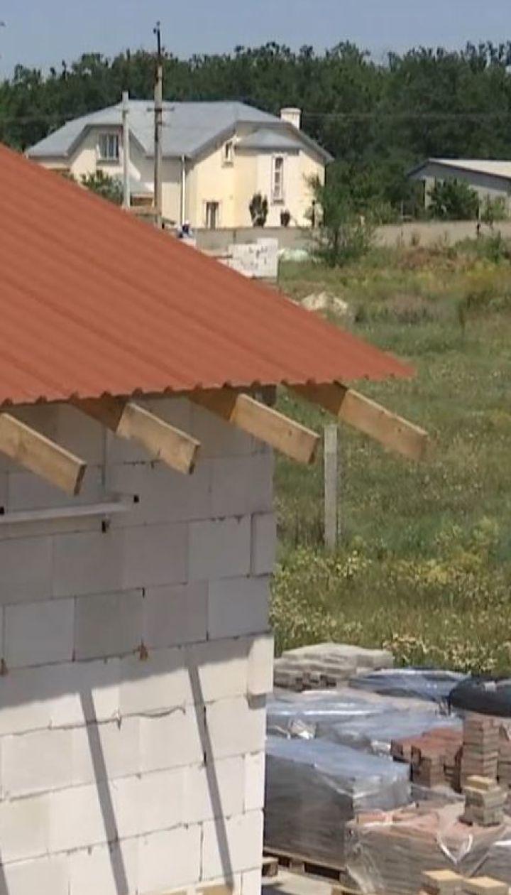 Жители Вознесенска обвиняют соседа в размещении производства плитки вплотную к домам