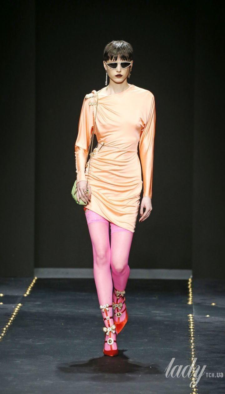 Коллекция Versace прет-а-порте сезона осень-зима 2019-2020