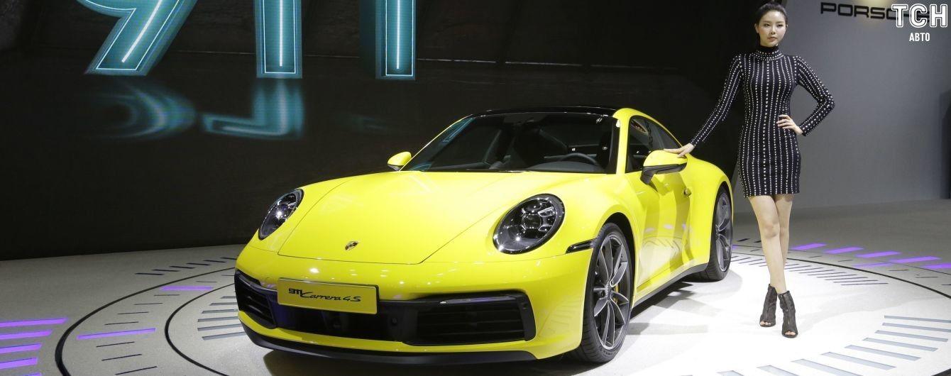 Skoda Scala и Porsche 911. Британцы назвали лучшие авто для семьи, бизнеса и не только