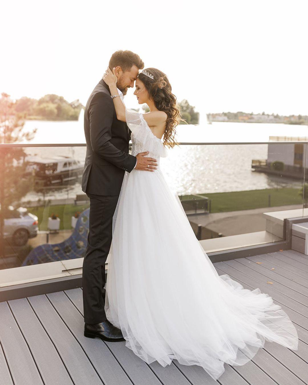 Тимур Мірошниченко з дружиною