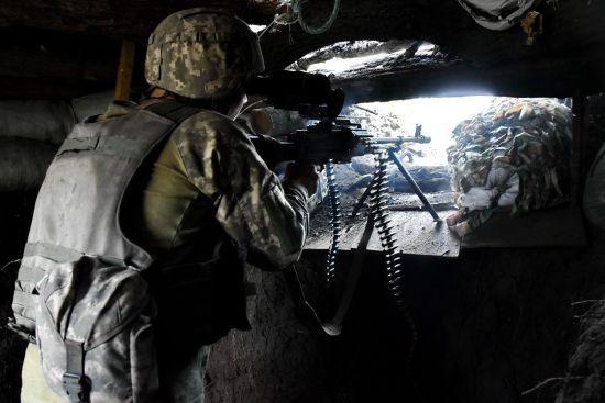 Під час 16 обстрілів бойовики вбили та поранили українських бійців. Ситуація на Донбасі