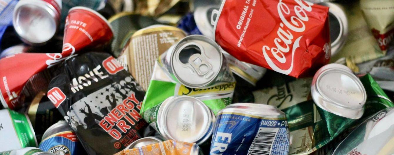 Книжка з упаковки та асфальт із коробки для соку. Як в Україні переробляють відходи та як їх сортувати