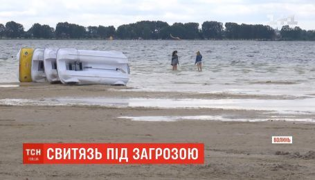 Спасти Свитязь: самое большое озеро Украины катастрофически обмелело