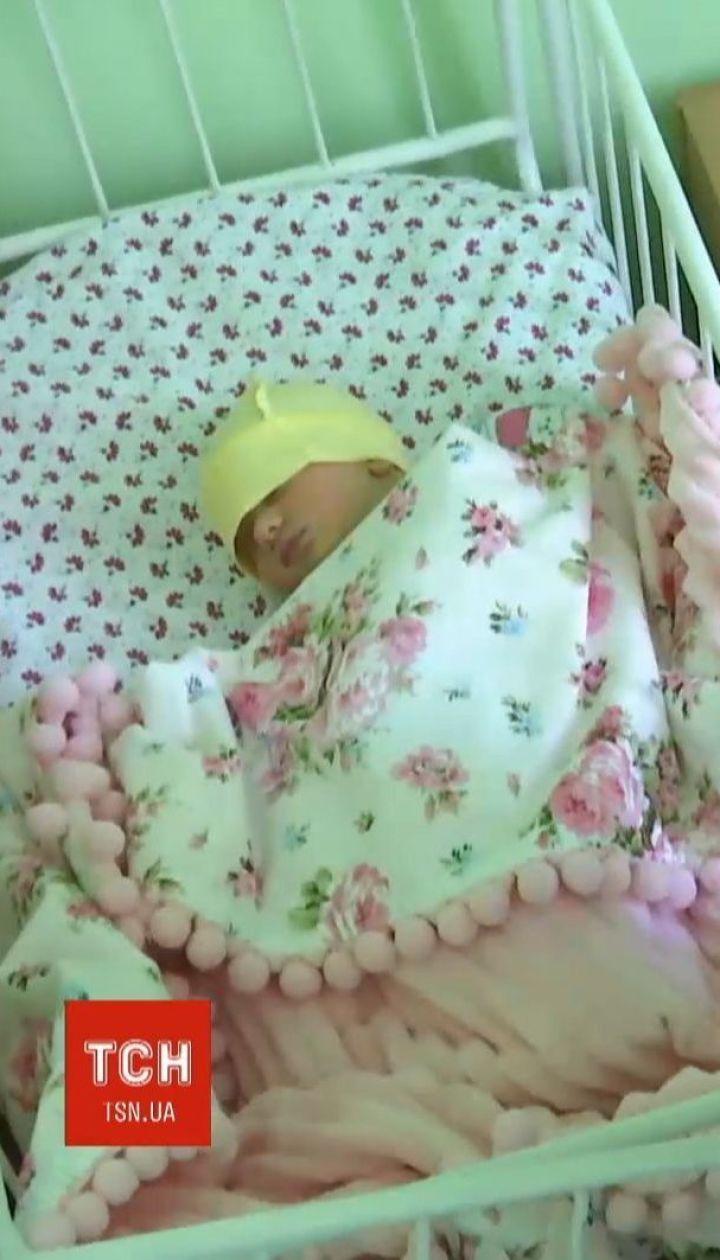 Сразу 4 женщины родили двойняшек в Херсоне