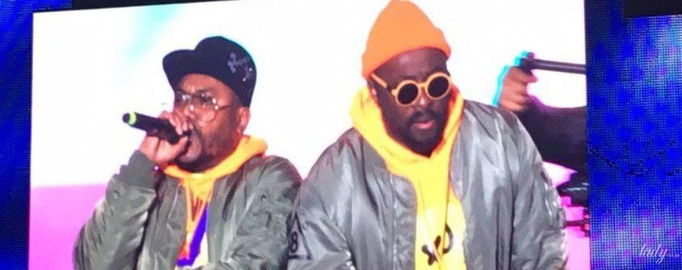 Стильні вбрання, улюблені хіти і нова солістка: легендарні Black Eyed Peas запалили на Atlas Weekend