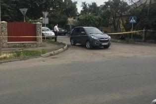 На Закарпатье обстреляли автомобиль офицера полиции